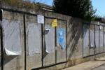 Affissioni selvagge, i vigili urbani avviano i controlli