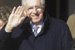 Monti telefona per gli auguri Chiamato pure Berlusconi