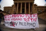 Palermo, teatro Massimo occupato: aggredito direttore dei servizi di sala