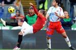 La Roma vince, con l'aiuto dell'arbitro