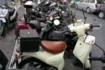 Perdono il controllo della moto, muore un tredicenne