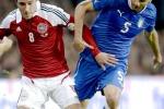 L'Italia gioca e spreca, pari con la Danimarca