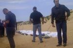 Immigrazione, tragico sbarco a Scicli con 13 morti: fermati due scafisti