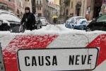 Italia in tilt sotto la neve Otto morti e polemiche