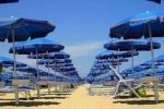 Ragusa, stabilimento sulla spiaggia di Arizza Lino Carpino al Demanio marittimo