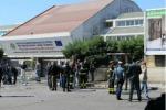 Attentato a Brindisi, la notizia rimbalza sulla stampa estera