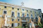 Palermo, primo sì al bilancio dal vecchio Consiglio