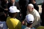Lettera del Papa a Lampedusa: «Le stragi dei migranti continuano»