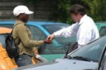Parcheggi abusivi a Fontanarossa, otto arresti
