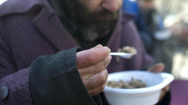 povertà, siciliani, Sicilia, Società