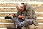 Povertà, nel Meridione è a rischio un uomo su tre
