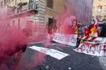 Manovra, protesta e tafferugli a Roma