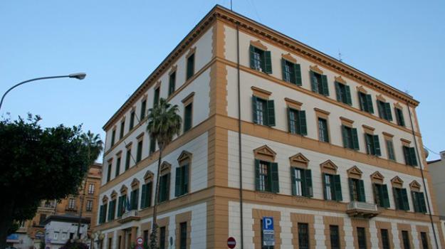 Agrigento, Catania, Enna, Messina, Palermo, Ragusa, Siracusa, Trapani, Politica
