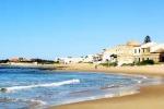 Santa Croce Camerina, vigilanza spiagge impossibile: casse vuote