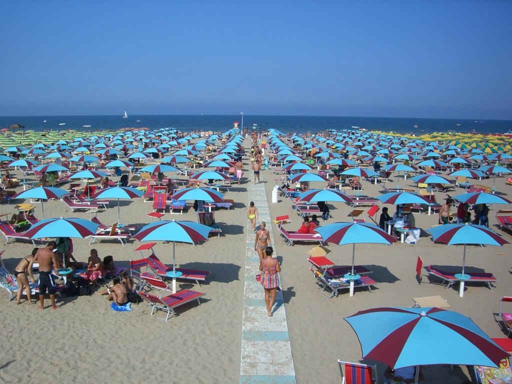Rimini località balneare top in Italia per Trivago - Giornale di ...