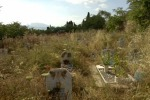 Forno crematorio bloccato ai Rotoli: si aspettano gli operai dalla piscina