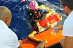 A Lampedusa sbarchi senza sosta