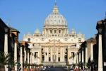Tutto il mondo a San Pietro per i Papi-Santi