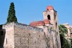Palermo, assalto nella chiesa di San Giovanni degli Eremiti
