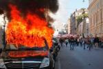 """Scontri a Roma, i siciliani: """"I violenti prepararti alla guerriglia"""""""