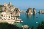 Castellammare e Scopello Polemica su accessi al mare