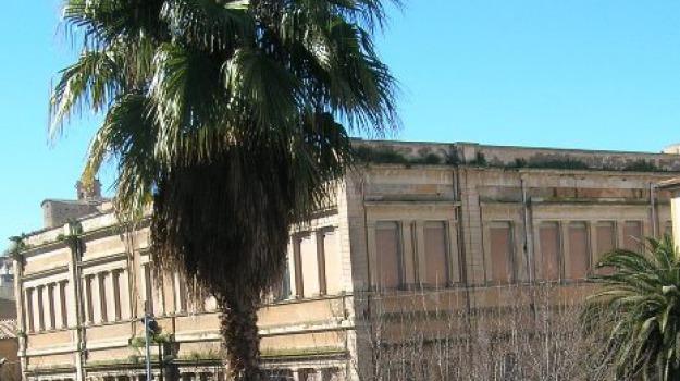 Sicilia, Archivio