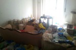 Segregata in casa per otto anni dalla madre come una prigioniera: donna di 36 anni liberata a Napoli