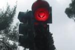 Un semaforo in più contro il traffico