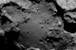 La sonda Rosetta arriva sulla cometa: vede montagne, scarpate e crateri