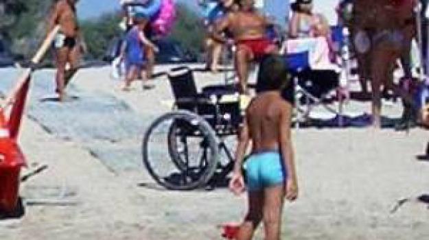 disabili, spiagge e disabilia, spiaggia accessibile castellammare, Trapani, Cronaca