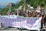 Non si ferma la protesta dei No-Tav: ancora scontri e feriti