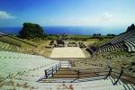 Riparte la stagione del teatro antico di Tindari: in scena le Troiane e Alcesti