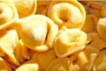 Carne di cavallo nei tortellini, Nestlè li ritira dall'Italia