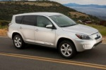 Usa, a breve le prime consegne del suv elettrico Toyota Rav4 EV