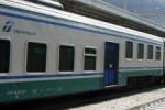 Vallelunga, treno in panne per un'ora Bloccati studenti e lavoratori pendolari