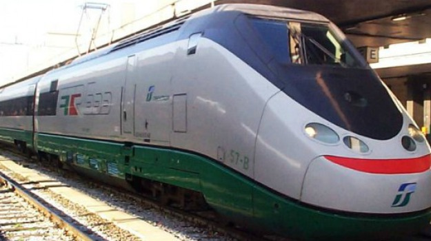 ferrovie, stretto di messina, trasporti, Messina, Economia