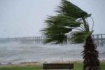 La Sicilia flagellata dal vento: disagi a treni e aeroporti