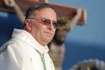 Immigrazione, il vescovo di Agrigento invita Papa Francesco a Lampedusa