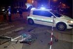 Vigile siciliano ucciso a Milano, i due sospettati in fuga