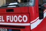 Intrappolato per ore tra fiume e dirupo: giovane salvato a Ragusa