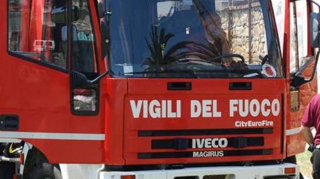 incendio villabate, Palermo, Cronaca