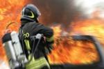 Bosco in fiamme a Sciacca: case sgomberate