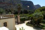 Palermo, crolla parte del muro di cinta di Villa Niscemi