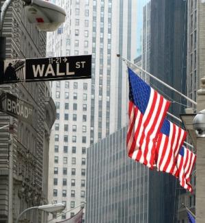 Molestie sessuali anche a Wall Street, cacciati due manager